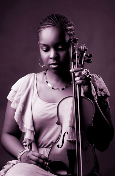 Kenya Musical Instruments Photographers :: Nairobi Studio Violin Images