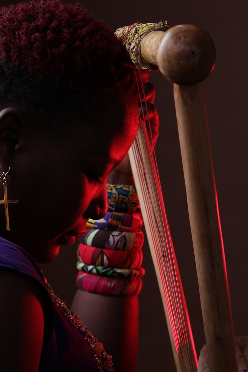 Kenyan Fashion Photographer   nyatiti