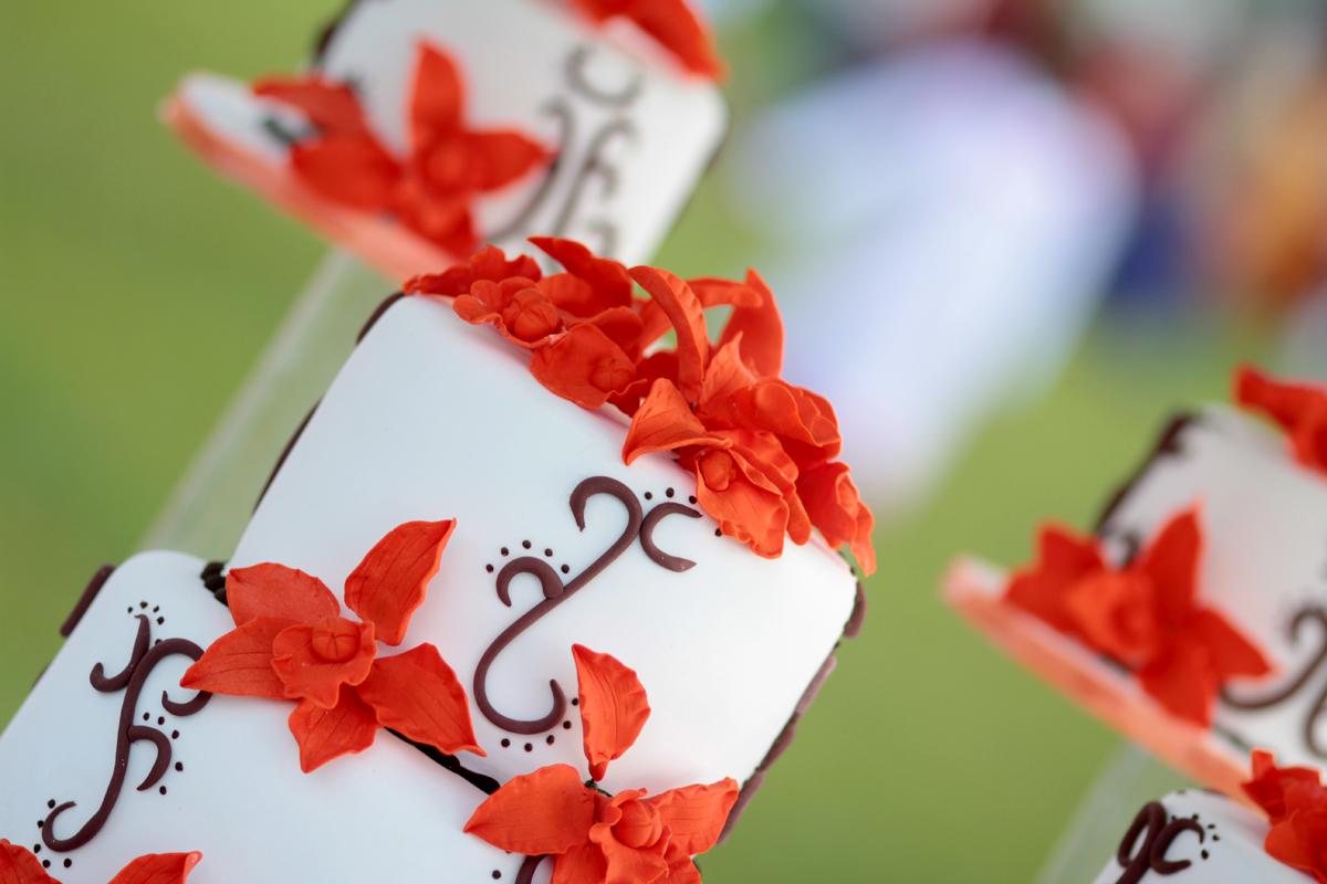 https://www.pinterest.com/antonytrivet/wedding-cake-collection-kenya-wedding-photographer/