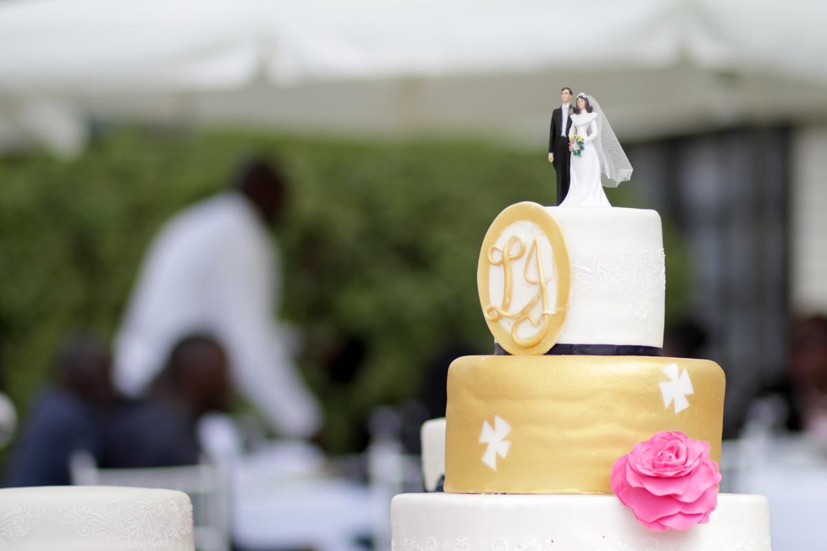 Antonytrivet_Weddingcakecollection (30)