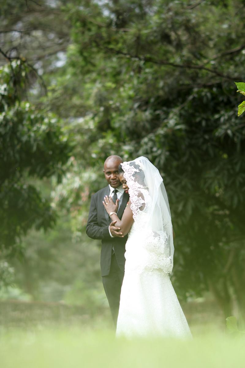 Nairobi Arboretum Park Engagement – Kenyan Wedding Photographers – Kenyan Weddings – Nairobi Wedding Photographers – Kenyan Wedding Photographers –Nairobi Wedding Photo Engagement at the park