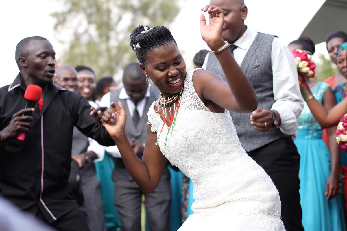 Nairobi-wedding-Nairobi Arboretum Park Engagement – Kenyan Wedding Photographers – Kenyan Weddings – Nairobi Wedding Photographers – Kenyan Wedding Photographers –Nairobi Wedding Photo Engagement at the park-Antony-Trivet (57)