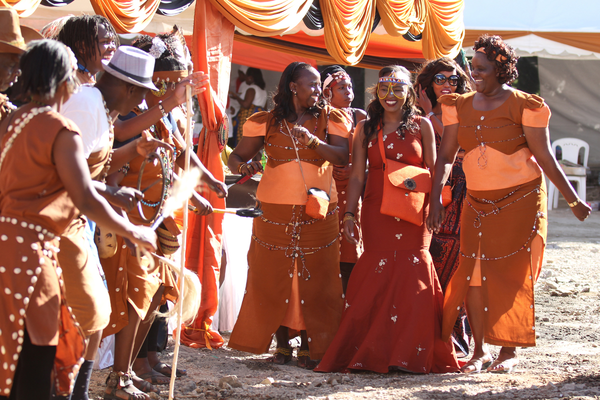 KIKUYU_TRADITIONAL_WEDDING_NGURARIO_GUTINIA KIANDE_GRACE & MOSES (14)