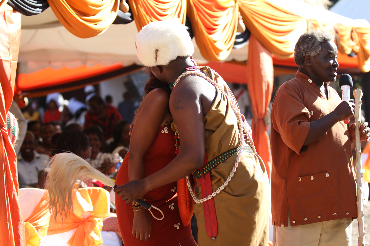 KIKUYU_TRADITIONAL_WEDDING_NGURARIO_GUTINIA KIANDE_GRACE & MOSES (21)