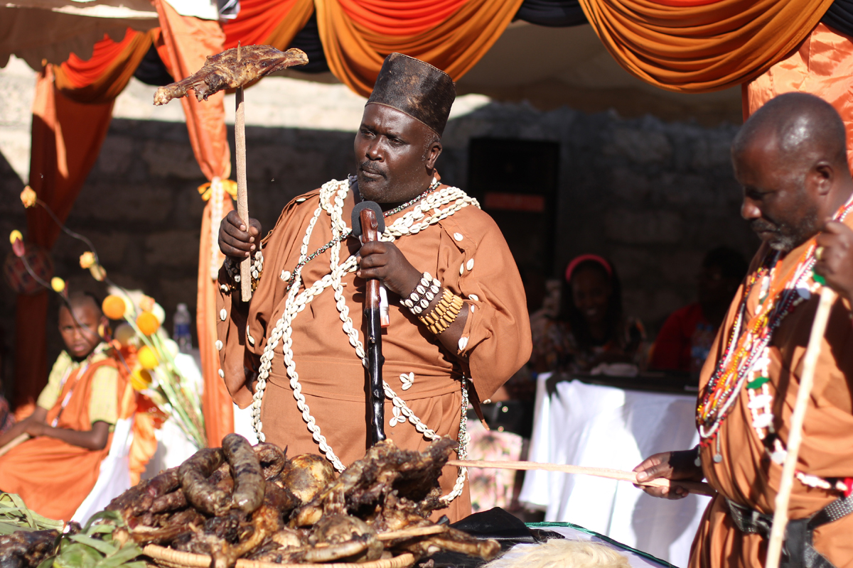 KIKUYU_TRADITIONAL_WEDDING_NGURARIO_GUTINIA KIANDE_GRACE & MOSES (32)
