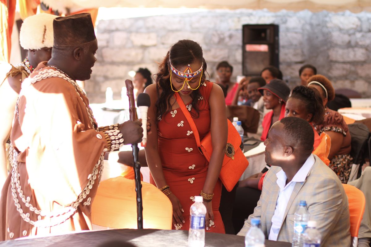 KIKUYU_TRADITIONAL_WEDDING_NGURARIO_GUTINIA KIANDE_GRACE & MOSES (35)