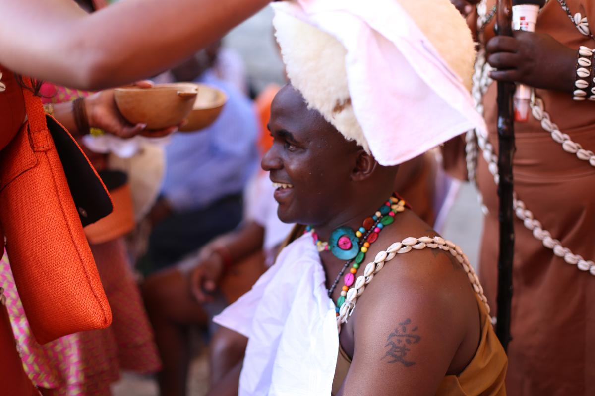 Grace & Moses Ngurario Images by Antony Trivet Weddings