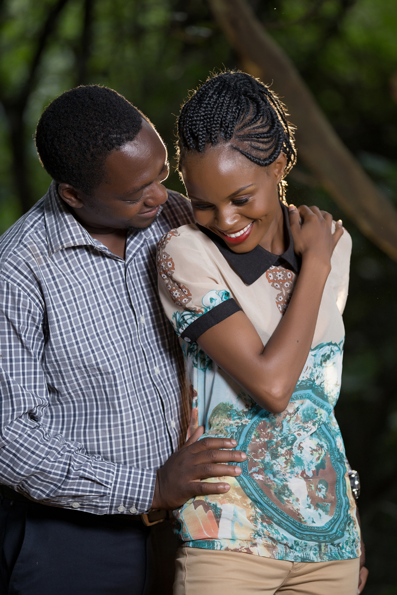 Nairobi Arboretum Park Engagement – Kenyan Wedding Photographers – Kenyan Weddings – Nairobi Wedding Photographers – Kenyan Wedding Photographers –Nairobi Wedding Photo Engagement at the park