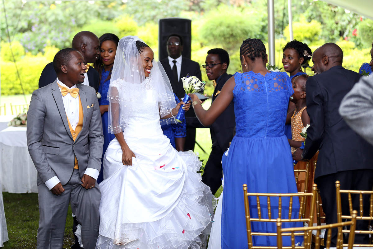 Top Nairobi Wedding PPhotographers-Best Nairobi Wedding Photographers–Best Kenya Wedding Photos – Kenyan Weddings – Nairobi Wedding Photographers – Kenyan Wedding Photographers – Maro Gardens (21)