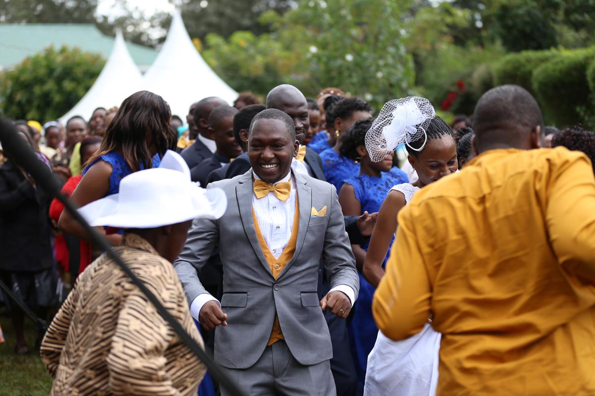 Top Nairobi Wedding Photographers-Best Nairobi Wedding Photographers–Best Kenya Wedding Photos – Kenyan Weddings – Nairobi Wedding Photographers – Kenyan Wedding Photographers – Maro Gardens (38)