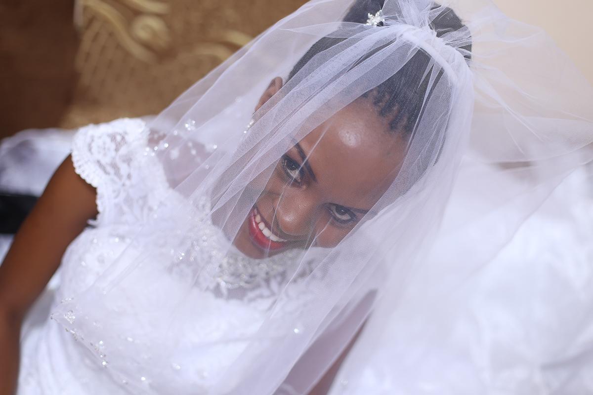 Top Nairobi Wedding PPhotographers-Best Nairobi Wedding Photographers–Best Kenya Wedding Photos – Kenyan Weddings – Nairobi Wedding Photographers – Kenyan Wedding Photographers – Maro Gardens (6)