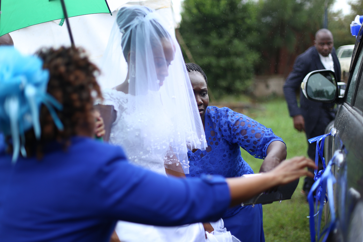 Top Nairobi Wedding PPhotographers-Best Nairobi Wedding Photographers–Best Kenya Wedding Photos – Kenyan Weddings – Nairobi Wedding Photographers – Kenyan Wedding Photographers – Maro Gardens (7)